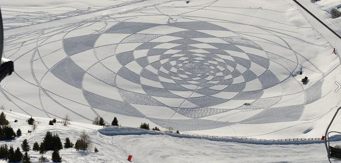 figure géométrique sur neige